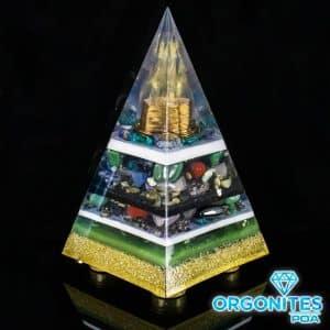 Orgonite Personalizado Pirâmide com Hematitas Magnetizadas 40cm