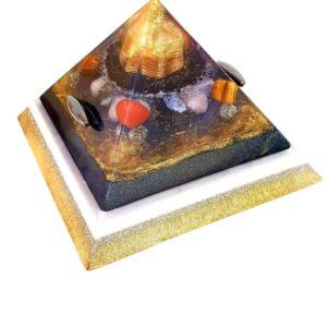 Orgonite Personalizado Grande Pirâmide de Gizé com Hematitas Magnetizadas 28 a 30cm