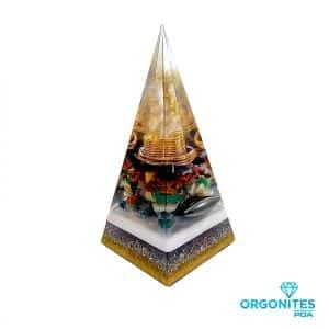 Orgonite Personalizado Pirâmide com Hematitas Magnetizadas 25cm
