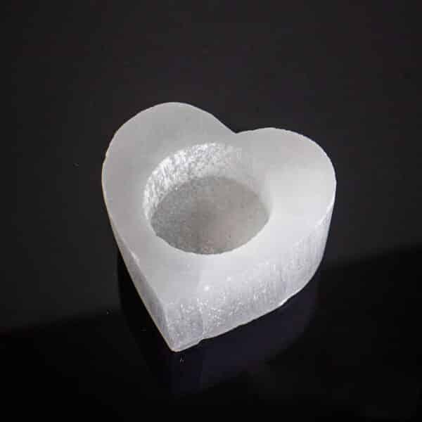 Porta Vela de Selenita em Formato de Coração