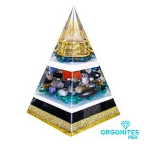Orgonite Pirâmide Dourada com Hematitas Magnetizadas 26cm