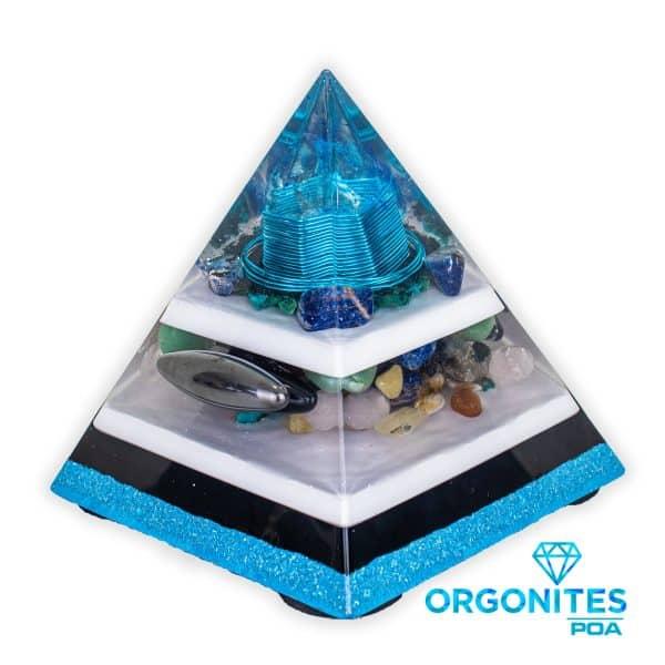 Orgonite Personalizado Pirâmide com Hematita Magnetizada 16cm