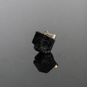 Pingente de Turmalina Negra com Pino Dourado