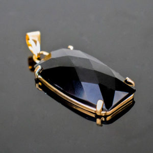 Pingente de Obsidiana Negra com Banho Ouro