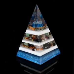 Pronta Entrega - Pirâmide Azul com Hematitas Magnetizadas 26cm