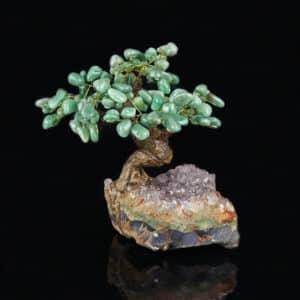 Árvore De Quartzo Verde com 36 galhos com Base de Ametista